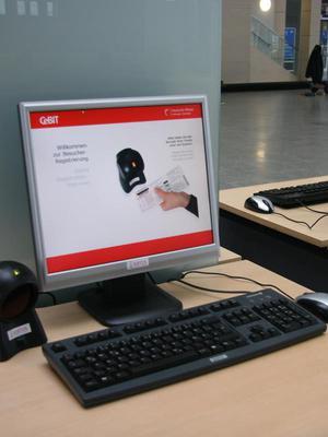 Besucher-Registrierungs-Terminal auf der CeBIT